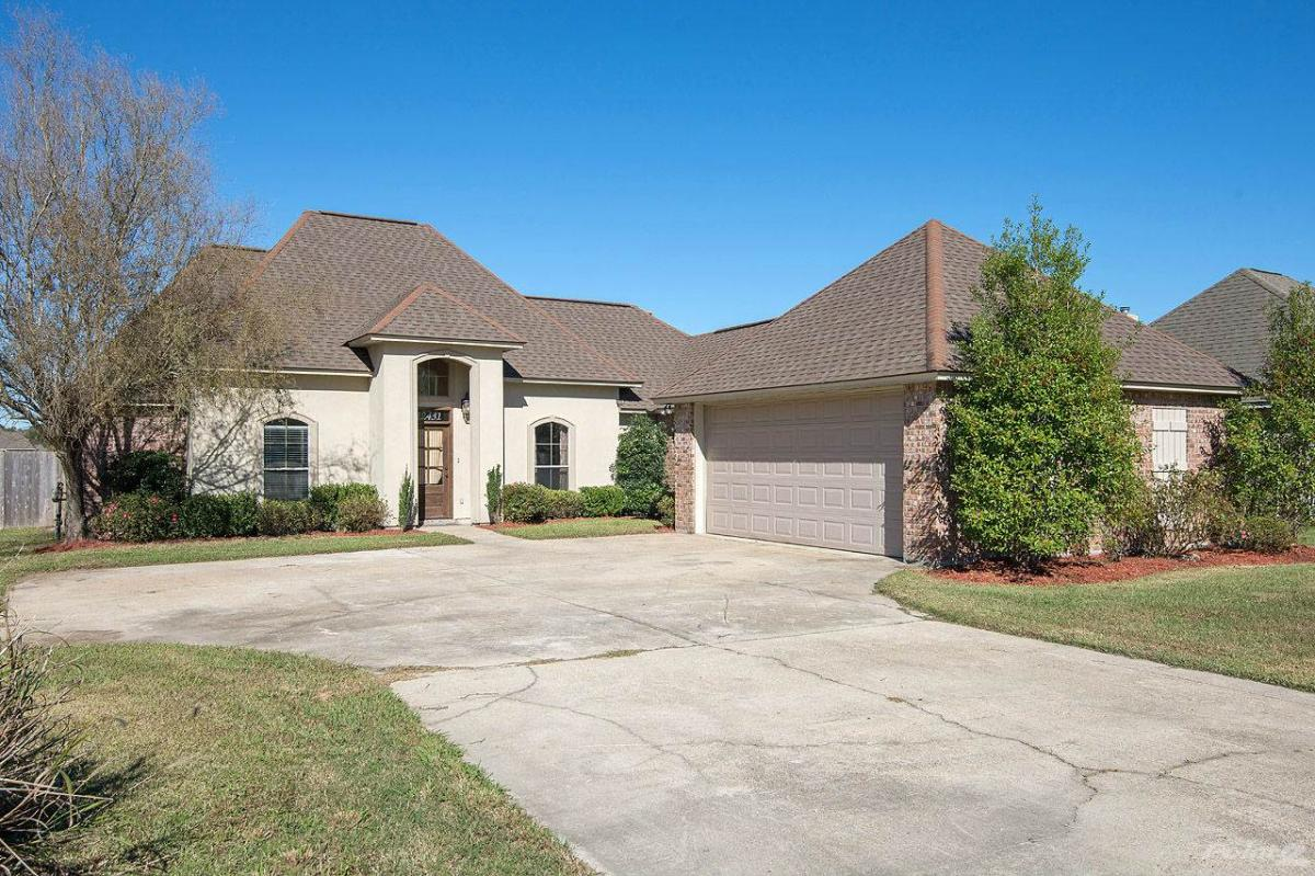 Walker la homes for sale for Louisiana home builders